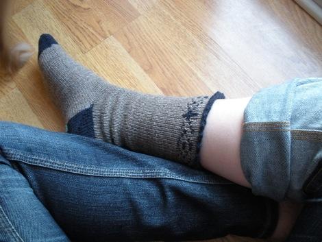 snowflake_socks_1.jpg